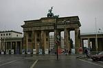 A Brandenburgi kapu (hátulról)