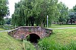 Park kis híddal