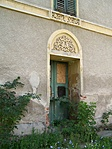 Cirádás ajtó