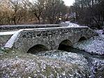 Háromlyukú kőboltozatos híd