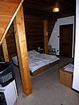 szoba az erkélyajtó felől