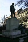Gárdonyi Géza szobra