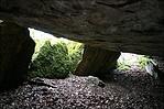 A barlang száját mindössze ez a pár kő tartja nyitva!! :-)