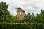 A torony nyugatról