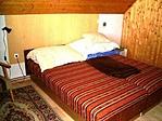 Egyik hálószoba (összesen három x 2 ágyas)