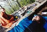 Tamás alszik zeniten, a nap lassan zeniten