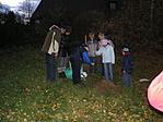 a gyerekek elültették a fát, mi meg végignéztük :)