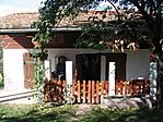kis ház az udvarban